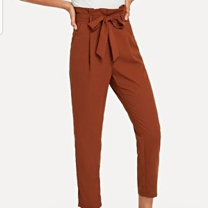 SHEINRuffle Detail Belted Pleated Pants - M